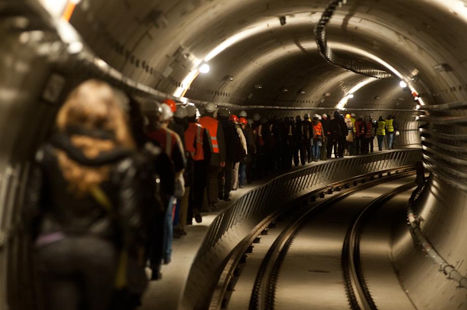 Trains of thoughts az épülő Gellért téri metróállomáson